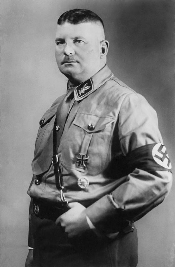 ernst julius gunther rohm a german Ernst rohm born november 28th 1887 in munich germany was ernst julius rohm to emile and julius rohm his proud parents a native of munich ernst served as an oberleutnant (1st lieutenant) with the 13th infantry regiment in the bavarian army at the.