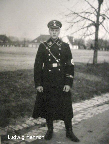 Grouping of Four Waffen-SS  Waffen Ss Dress Uniform