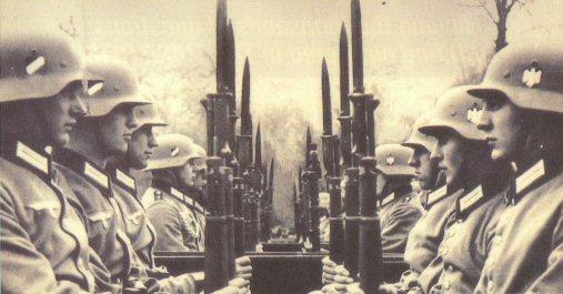 Nemeckí vojaci s opakovacími puškami Mauser 98